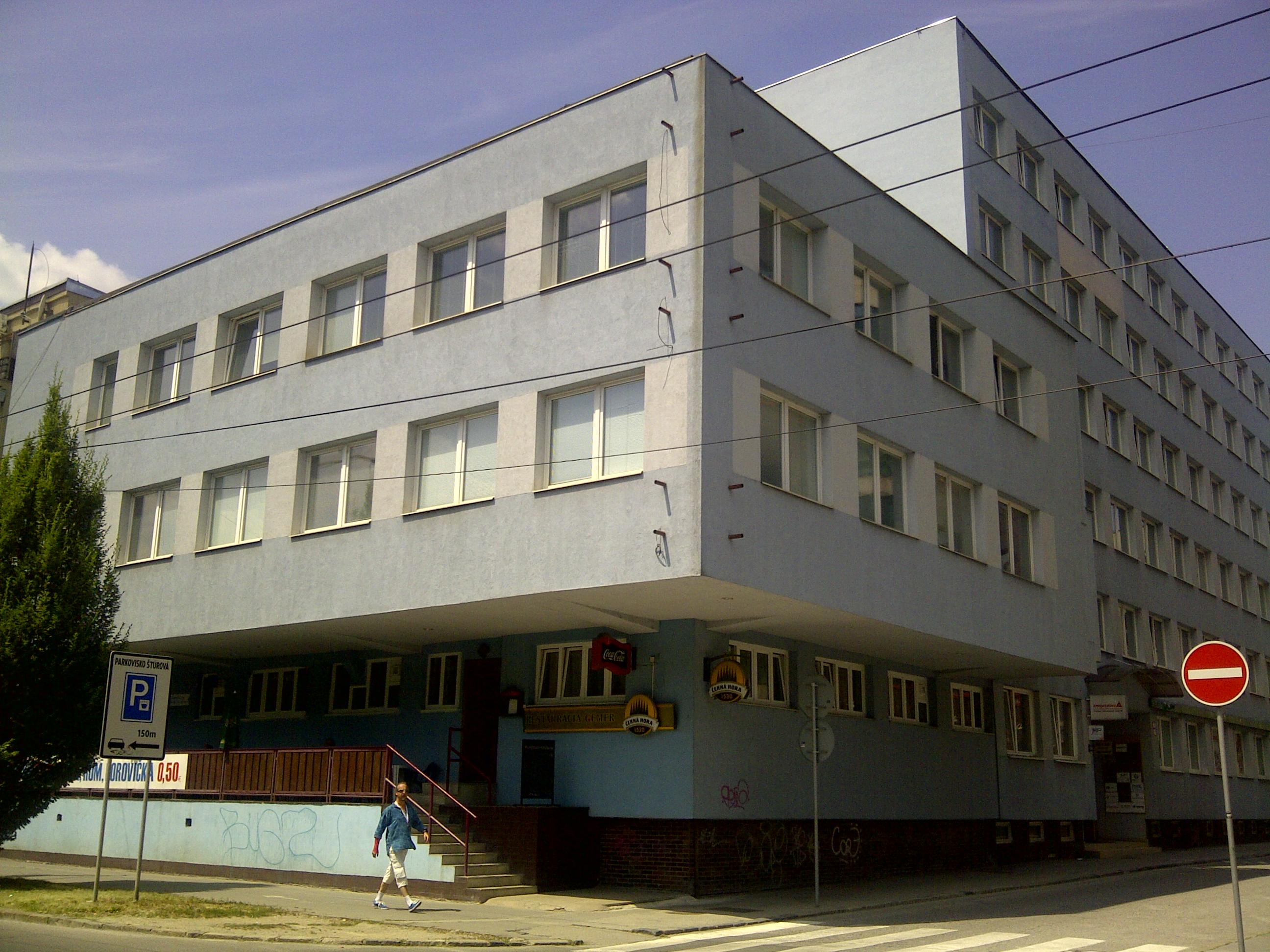 http://www.honors.sk/userfiles/image/Budova%20Sturova%202.jpg